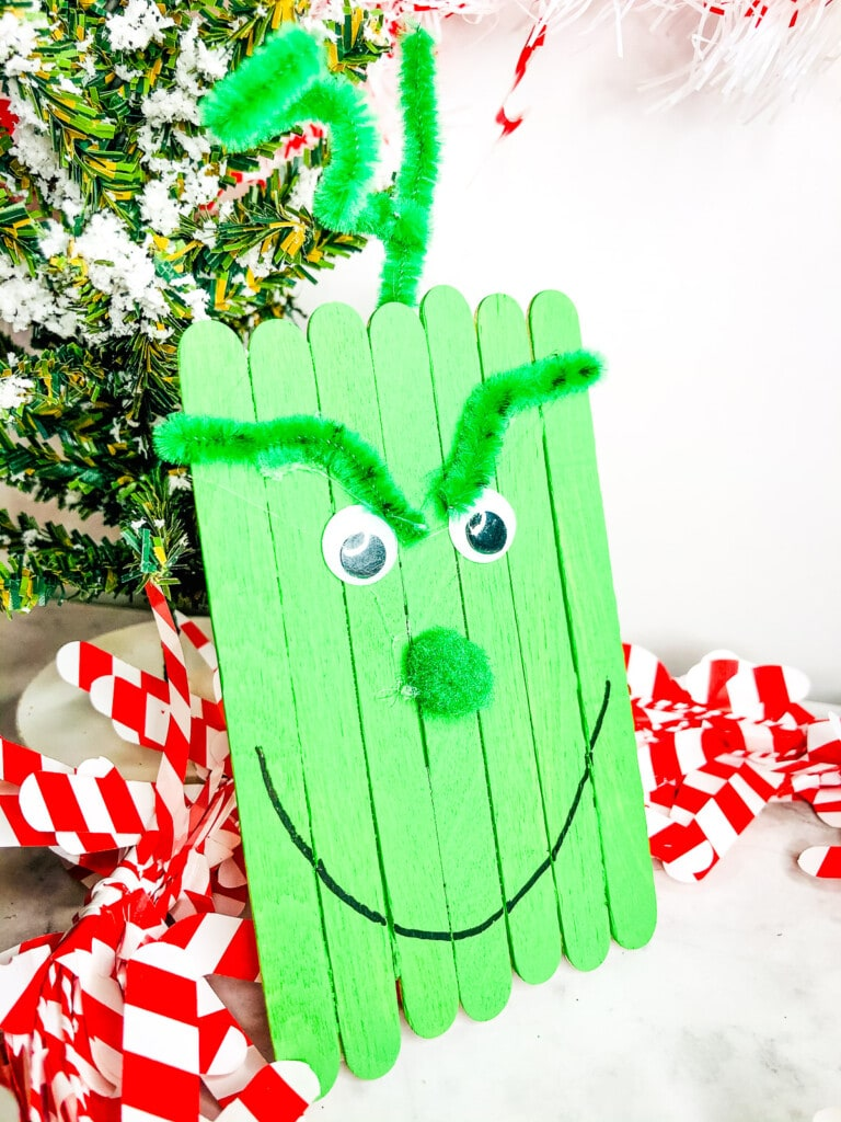 Grinch Popsicle Stick Craft
