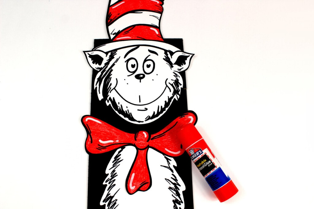 Assembled cat in the hat paper bag puppet