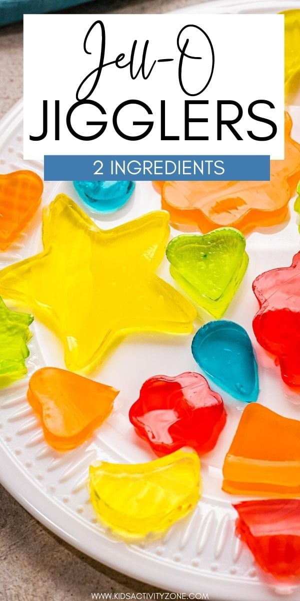 Grab your cookie cutters, the kids and make these fun and easy Jell-O Jigglers that are a fun and delicious treat kids love! So easy to make with the kids!